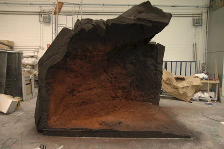 Fondo de la Sima de Los Huesos Atapuerca, para Vitrina en  Museo de la Evolución