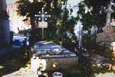 Ficticios de Tumbas de Piedra, en el Cementerio de la Almudena