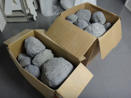 ALQUILER de rocas, para stands, escaparates, decoración de eventos etc.