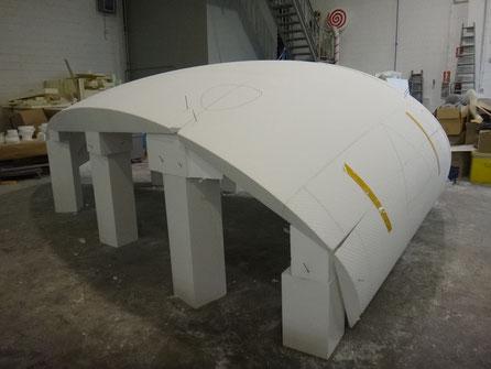 Construcción de sección de una boveda especial, para recubrir con fibra de vidrio