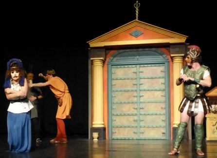 Pórtico, elemento escenográfico teatro.