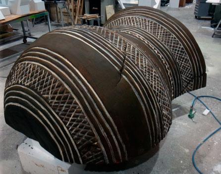 """Vaso Campaniforme Gigante 196 cm de alto para exposición """"Un bríndis para el Príncipe"""" Museo Arqueológico Regional Alcalá de Henares"""