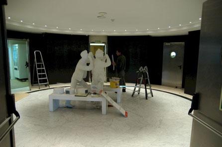 Esculturas de Turistas, Hall Comunidad de Madrid