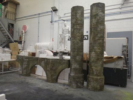 PIlares y Arcos de Sotano, para Escenografía de Teatro