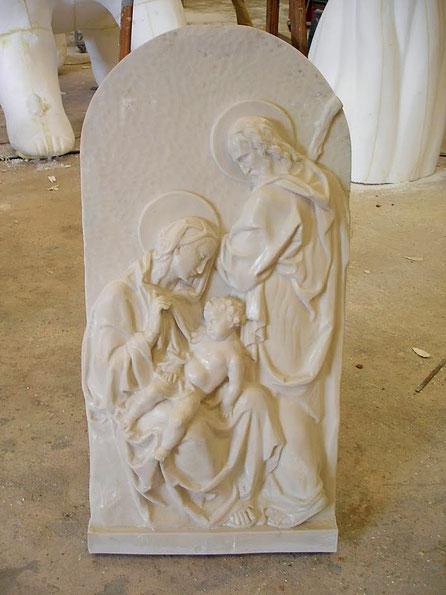 Reproducción en marmol sintético de un Relieve
