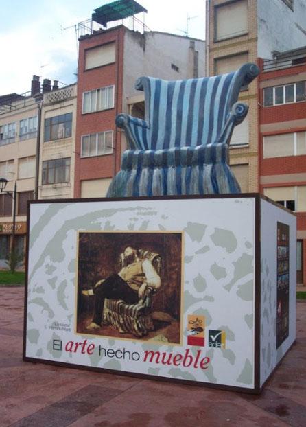 Mueble Gigante, Reclamo Corporeo, Interpretación de una pintura famosa
