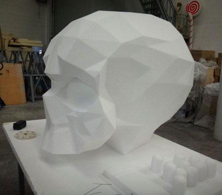 Cráneo Gigante, versión Poligonal, Escultura Low Poli