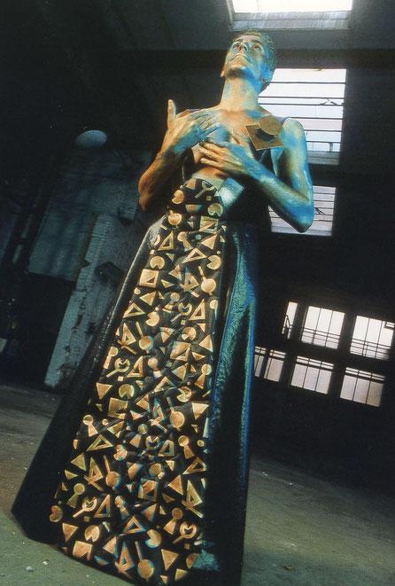 Kostüm, Inszenierung, Performance, Theater, Textilobjekt
