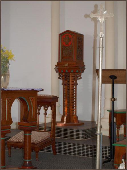 Chapelle Algérienne, coffre à hosties derrière l'autel,  Village de L'Herbe, Bassin d'Arcachon (33)