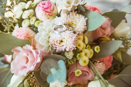 Hochzeitsgalerie von Jacqueline & Fabian fotografiert von Timo Erlenwein Fotografie