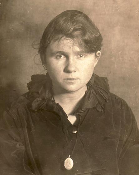 Erna Heinen-Steinhoff (hier in einer Aufnahme aus dem Jahr 1919) bekannte sich immer zu Ihrer Verwandschaft mit dem holländischen Nationalhelden Jan Van Speijk
