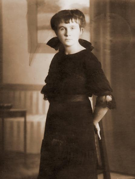 Erna Heinen-Steinhoff in Haus Ahse - Historische Aufnahme um 1917