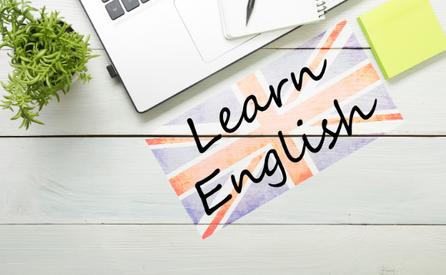 Comment maintenir son niveau d'anglais pendant les vacances ?