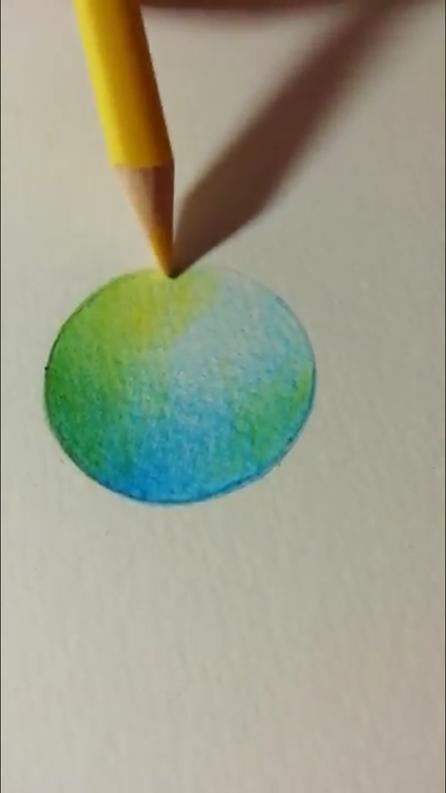 重ね塗り(混色)の4番目の色を塗っている写真