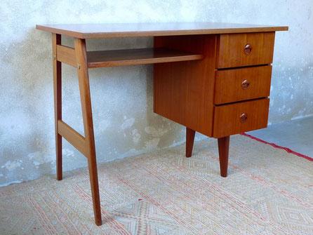 JOLI, bureau teck, pieds compas, bureau années 60