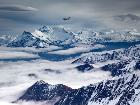 Flying above Glenorchy on the way to Milford Sound
