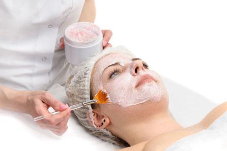 trattamenti estetici professionali pelli grasse acne maskne
