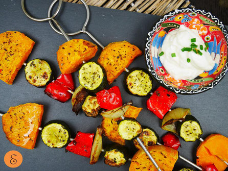 Süßkartoffel-Gemüse-Grillspieße