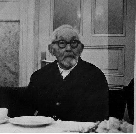 """Volkmeier auf seiner 100-Jahr Feier im """"Hamburger Hof"""""""
