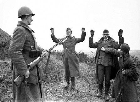 Немец саллааттарын билиэн ылыы. 1942 сыл.
