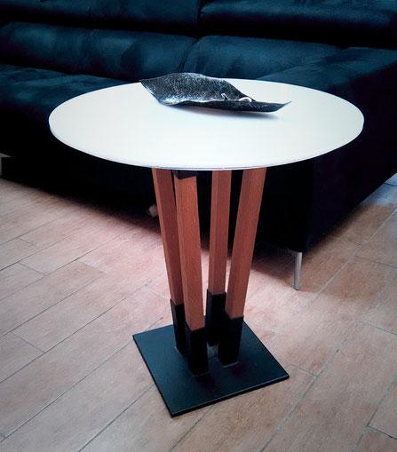 Mobili in ferro milano, Design in ferro Milano, Strutture in ferro milano, Prototipi per designer,arredamento in ferro milano,tavolo caffè in legno,tavolo caffè plexiglass
