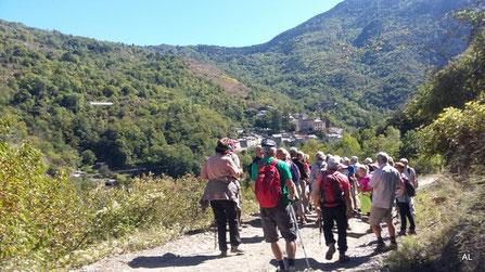 Rando Plaisir le 20 octobre 2017 à Nyer vers le hameau d'En suivie d'un repas au château