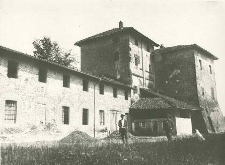 Castelvecchio prima della costruzione delle scuole