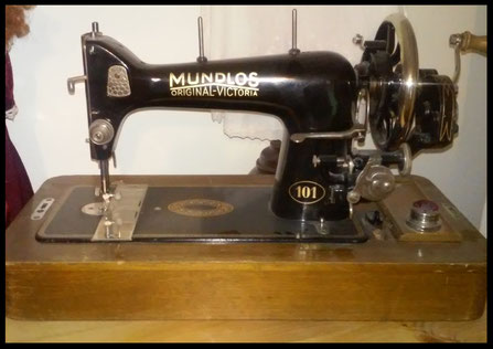 MUNDLOS  ORIGINAL-VICTORIA Type 101   (from 1931 about)
