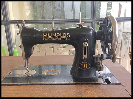 MUNDLOS  ORIGINAL-VICTORIA  111