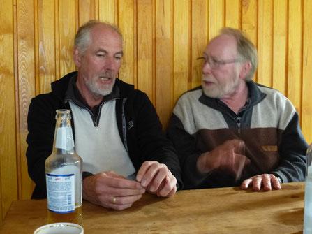 Wolfgang und Jupp bei Arbeitsbesprechung
