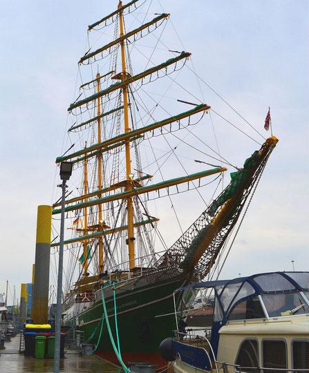 """Bremen - Die """"Alexander von Humboldt"""" 1"""