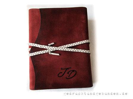 Erweiterbares Reisetagebuch Softcover Leder A5 Ledertagebuch mit Branding Initialen, geflochtener Kordel als umlaufender Buchverschluss