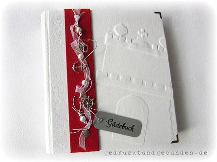 Hardcoverbucheinband, Flachrelief gespachtelt und lackiert, Borte mit Accessoires