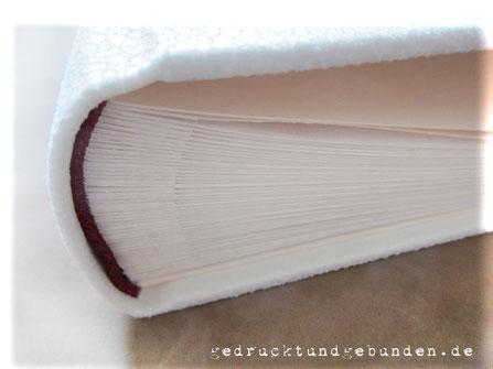 Fotoalbum Stoffeinband naturweiss Hardcover Fotoalbum-Buchblock weiss mit Pergaminzwischenblättern Kapitalband dunkelrot