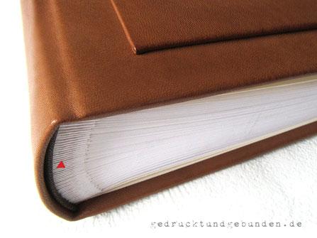 Fotoalbum Ledereinband cognacfarben, Format 30cm x 32cm 100 Seiten Fotokarton weiß mit Pergaminzwischenblättern