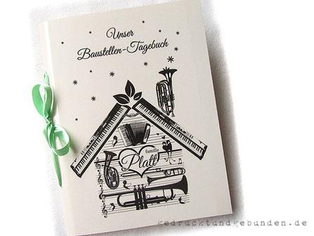 A4 Baustellentagebuch Softcover Langstichbindung individuelles Layout gedruckt und foliert Hausbau musikalische Familie