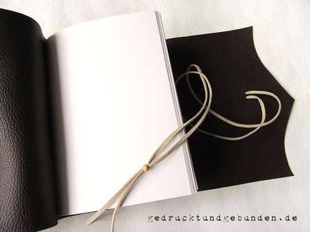 Reisetagebuch Leder Lederbuch Ledertagebuch Ledernotizbuch dunkelbraun Softcover Einstichbindung Umschlagklappe geschwungen