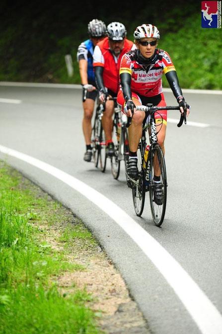 Anstieg nach Scharfling. Foto by sportograf.