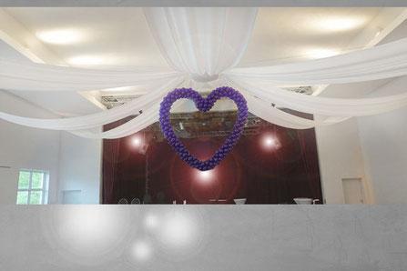 Ballon Deko Herz Luftballon Dekoration Hochzeit Riesenherz Decke hängend 2 Meter Hochzeit Polterabend Location Dekoration