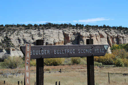 Richtung Burr Trail Road