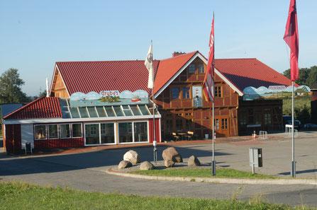 Elbfähre Hoopte Fischrestaurant Stintsaison Stintfischer Fischbrötchen