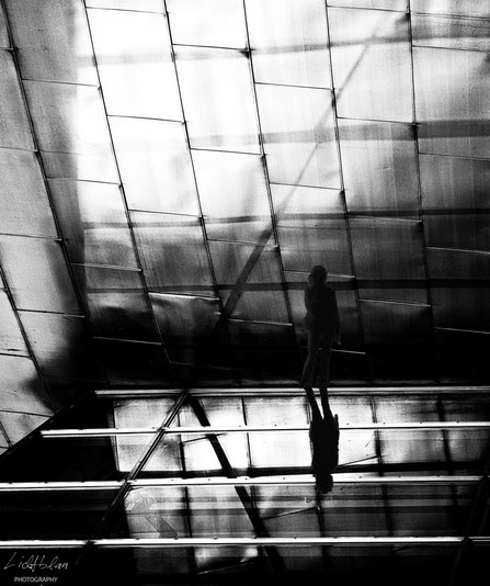 Prisoner of thought - Inside