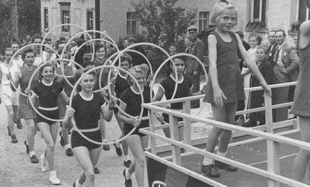 Bild: Teichler Wünschendorf Erzgebirge Schulfest 1952
