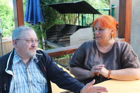 Die Autorin im Gespräch mit ihrem Lektor Hubert Quirbach
