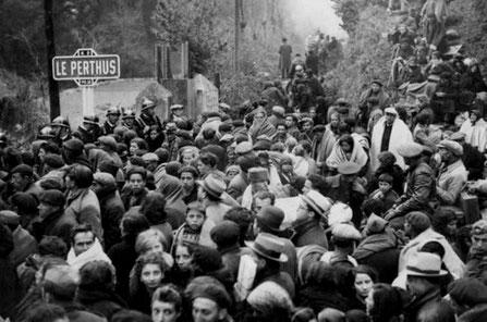 Masseflugt fra Francos tropper: Ved grænsen til Frankrig