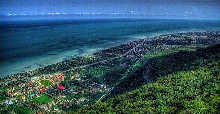 Kaspische Zee, strandvakantie, Ramsar, toeristische stad in het noorden van Iran,