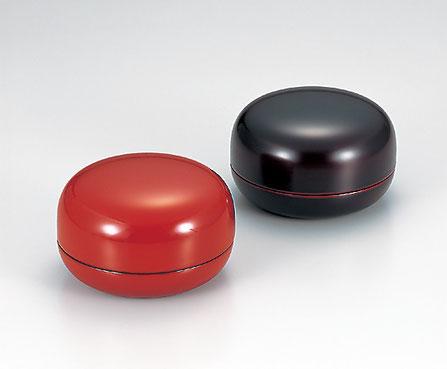 小物入 ボンボン入 蓋物として 使い方が広がるアイテムです