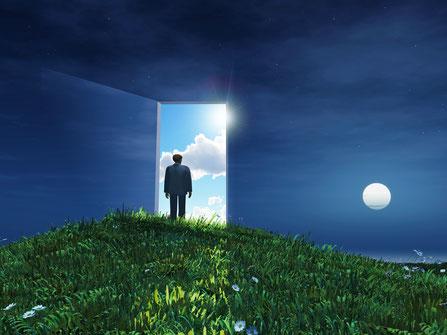 Wissen aus der Sterbeforschung: Nahtoderfahrung, Nahtoderlebnisse, Außerkörperliche Erfahrungen, Nachtodkontakte, Höllenerfahrung, Sterben, Jenseitskontakte, Erlebnisberichte, wissenschaftliche und spirituelle Erklärungsversuche, Erfahrungsberichte