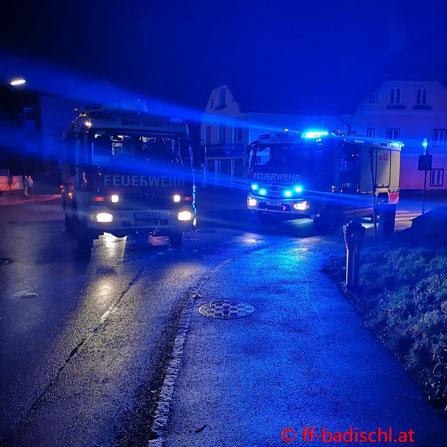 Feuerwehr; Blaulicht; FF Bad Ischl; Brand; Heizlüfter; Mehrparteienhaus;