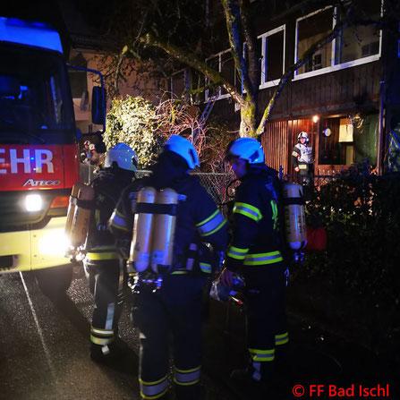 Feuerwehr; Blaulicht; FF Bad Ischl; Brand; Wohnhaus;